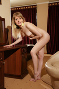 Young Naked Girl Pictures